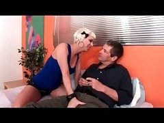 Disastrous boyfriend arrives in the air be captivated by the cuckoldress