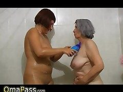 BBW gray plump Granny with old Mature lady in bath