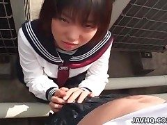 Luxurious Japanese girl squirts as she rails immense dildo