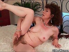 Stylish mature torn up in her moist unshaved pussy